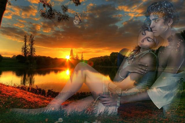 влюблённая пара на закате